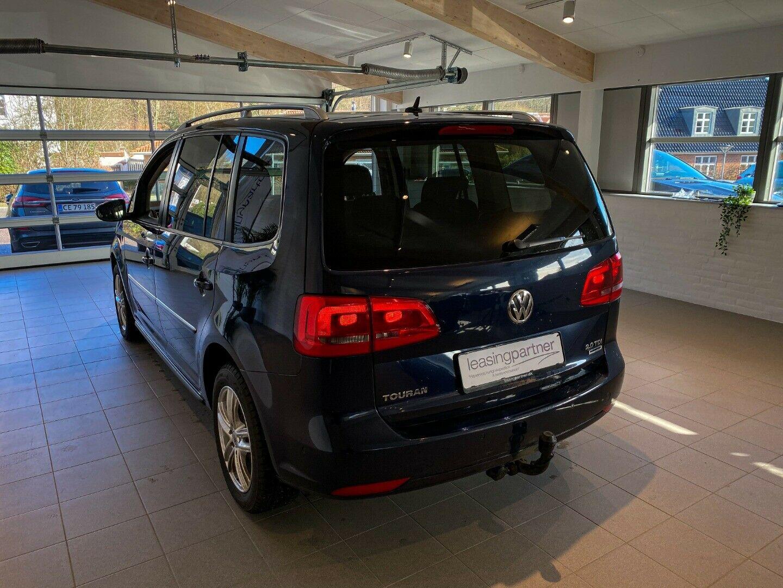VW Touran 2,0 TDi 140 Highline DSG BMT 7prs 5d, Blåmetal