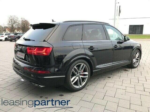 Audi SQ7 4,0 TDi 435 quattro Tiptr. 5d, Sortmetal