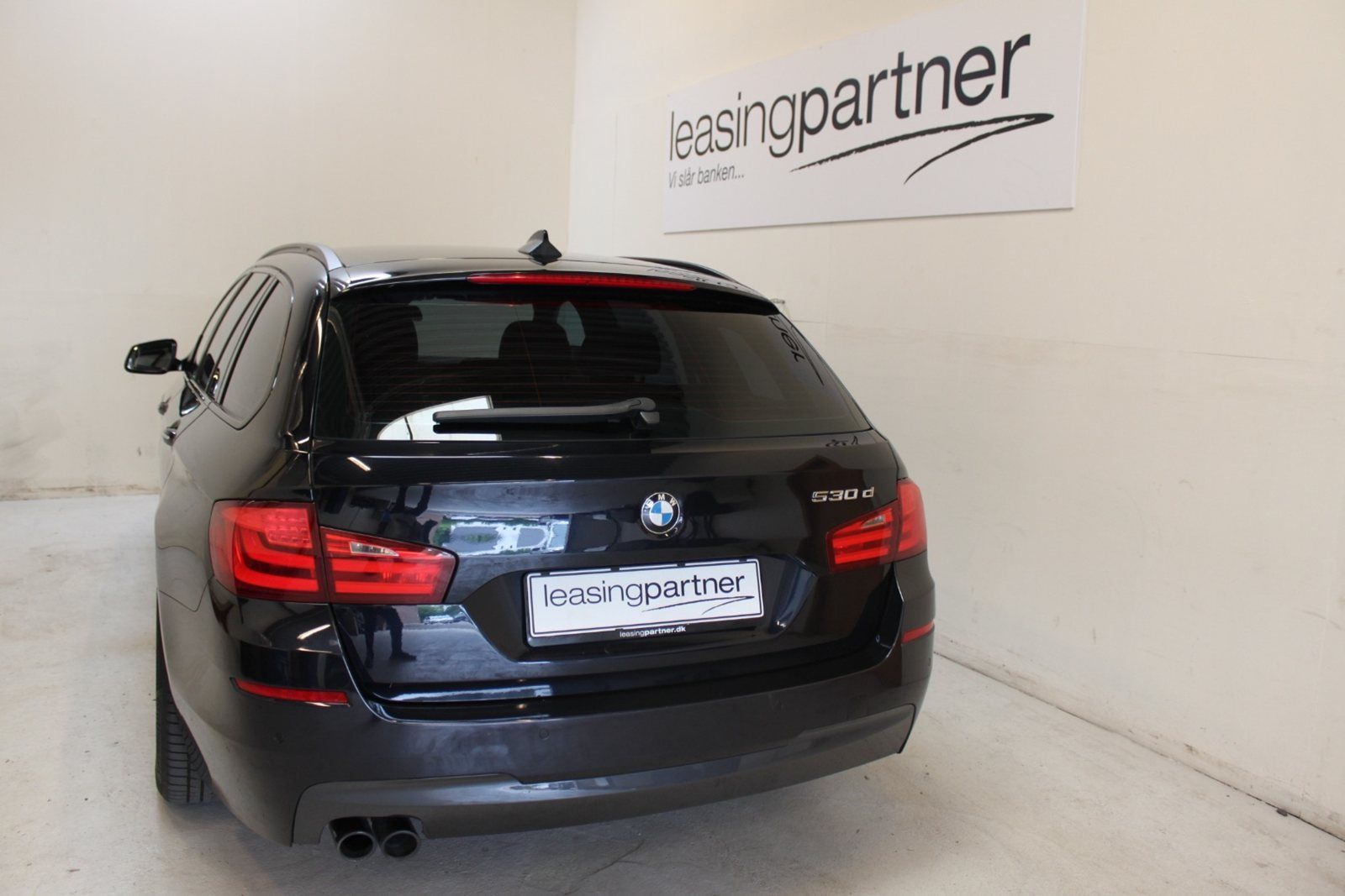 BMW 530d 3,0 Touring aut. 5d, Sortmetal