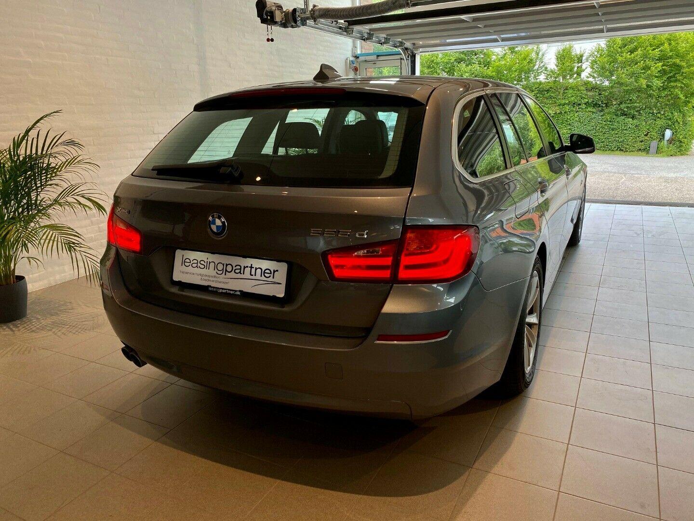 BMW 525d 2,0 Touring xDrive aut. 5d, Grå