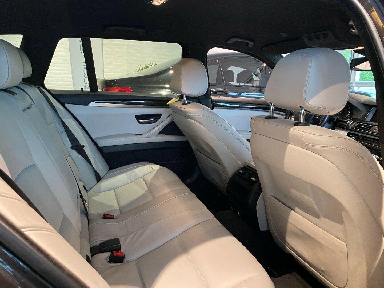 BMW 520d 2,0 Touring Luxury Line aut. 5d, Gråmetal