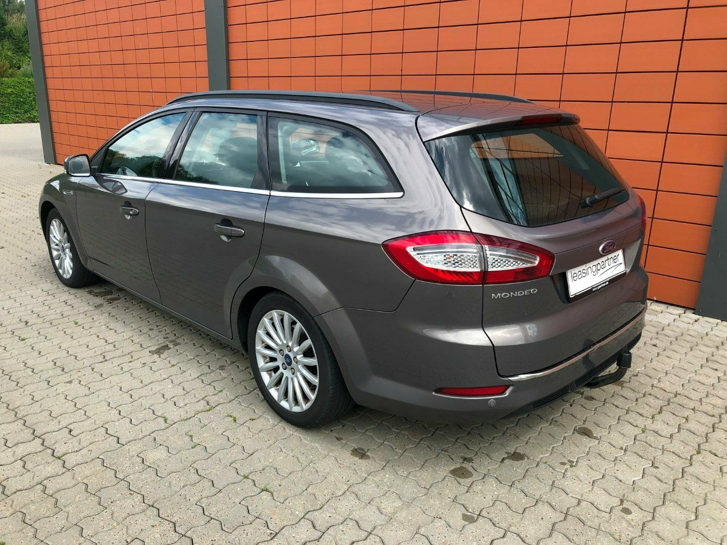 Ford Mondeo 2,0 TDCi 140 Collection stc. 5d, Sort