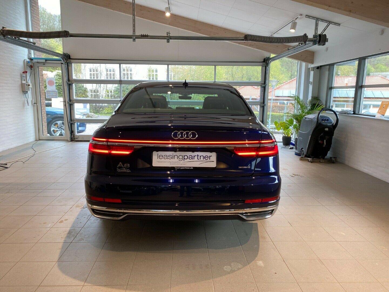 Audi A8 3,0 TDi 262 Ultra quattro Tiptr. lang 4d, Blå