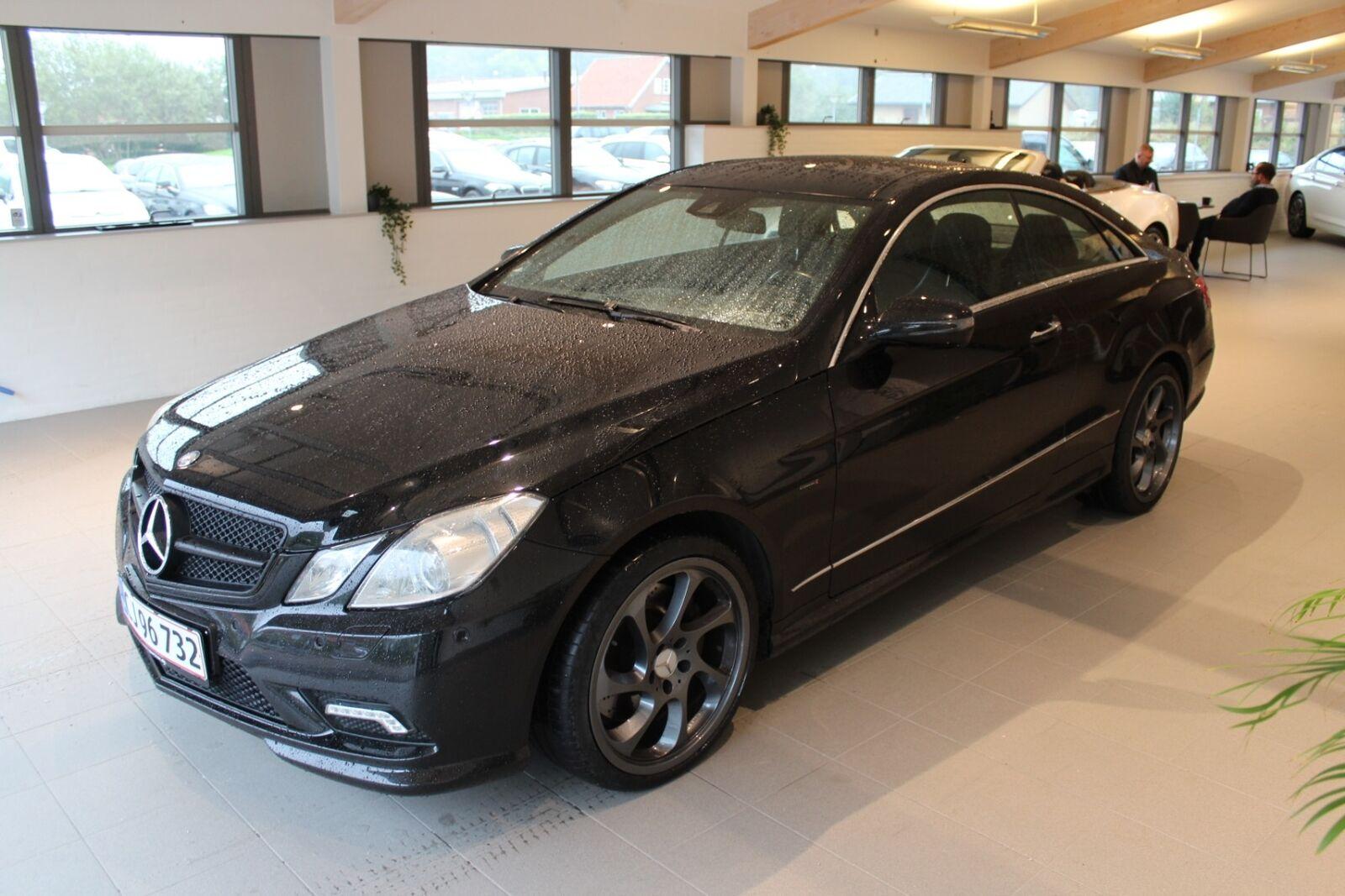 Mercedes E500 5,5 Coupé aut. 2d, Sort