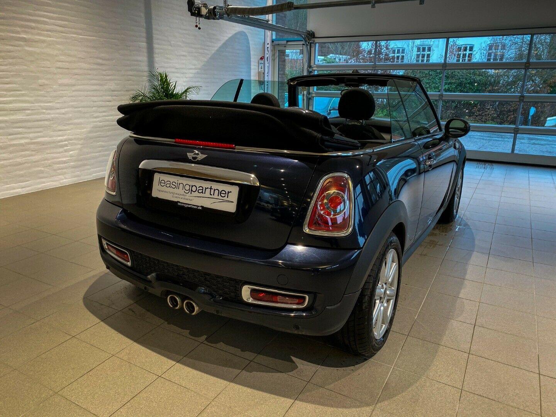 Mini Cooper SD 2,0 143 Cabriolet 2d, Sort
