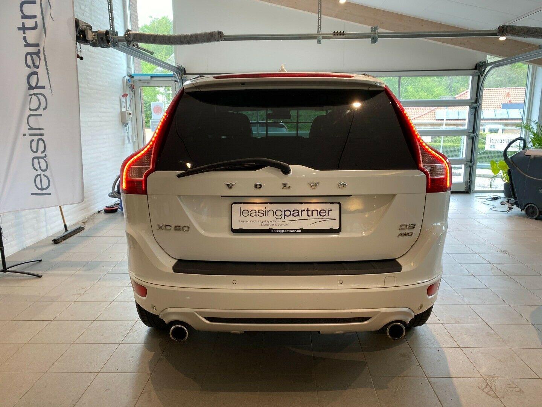 Volvo XC60 2,4 D3 163 R-Design aut. AWD 5d, Hvid