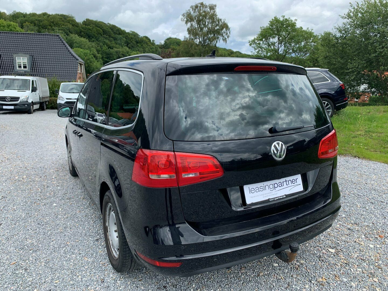 VW Sharan 2,0 TDi 170 Highline DSG BMT 5d, Blåmetal