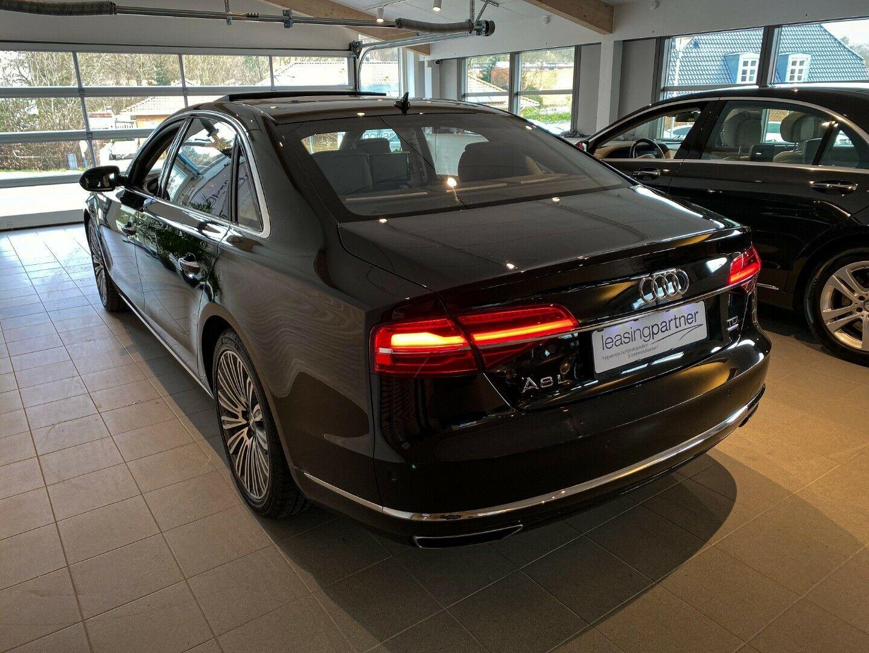 Audi A8 3,0 TDi 262 quattro Tiptr. 4d, Sort